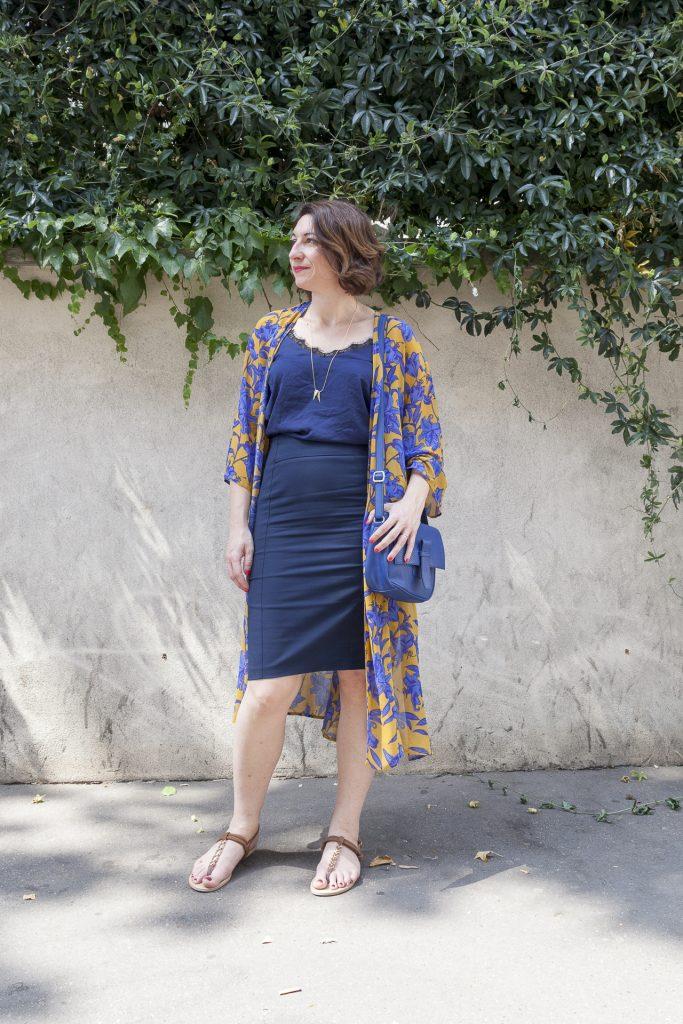 kimono bleu paris jupe crayon fleurs fleuri h&m top lingerie