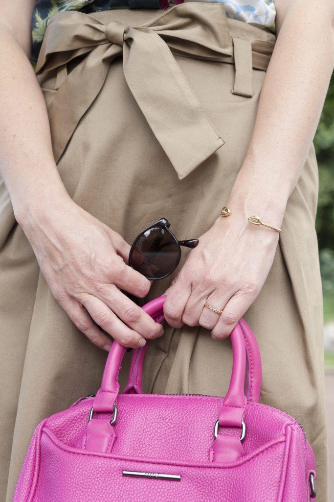 mode blog blogueuse paris zara jupe midi imprimé tropical noeud bracelet emme&chloé soleil sun