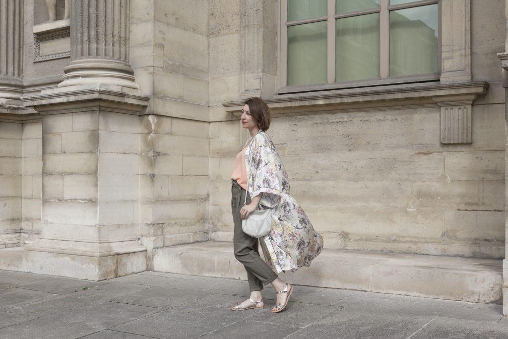 kimono kaki saumon corail paris louvres doré blog blogueuse mode