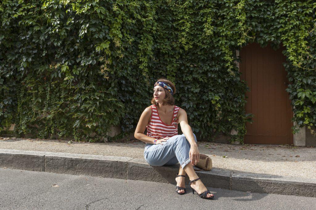 headband beaudeau marin marinière rayure rouge jean mom sandales irisées talons mode look paris
