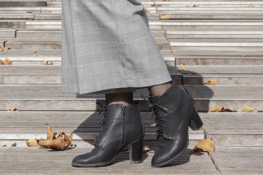 salopette prince de galle perfecto volants boots pars blog mode blogueuse sac fischia